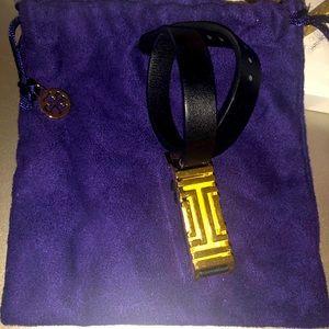 🎁 TORY BURCH Fitbit Wrap Bracelet